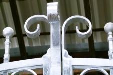 glavanized-gate-tops